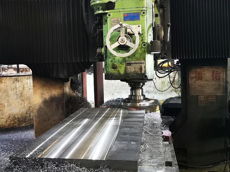 模具钢材加工