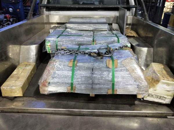 """""""龙舟水""""季节,东莞隆实保证司机安全保护模具钢产品完整"""