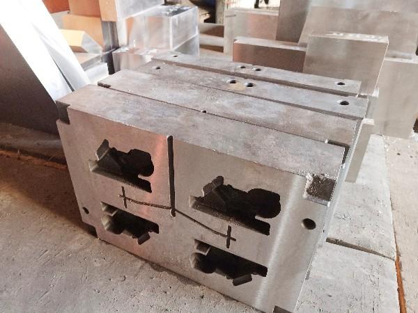 冷挤压模具选用哪种模具钢好呢?