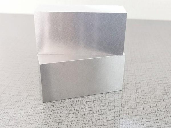 4CR2MO五金模具钢精料,高光洁度模具钢