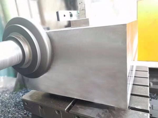 1.2311塑胶模具钢精料,塑料模具钢,耐磨模具钢