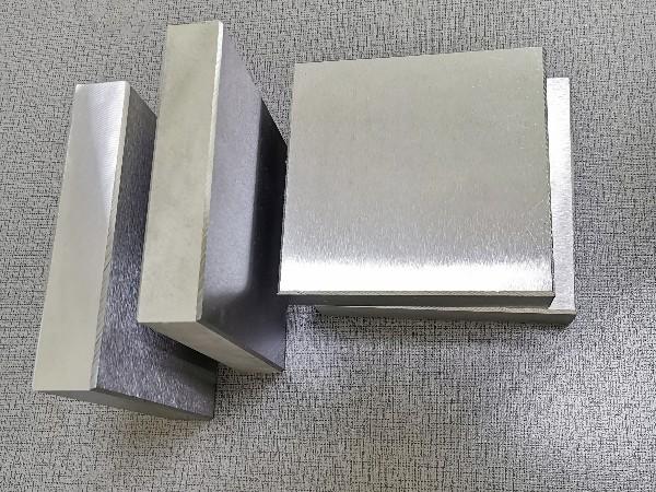 模具钢材生锈的原因以及带有防锈的模具钢